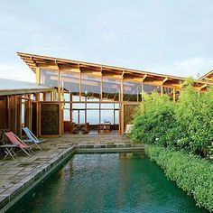 Transparent home: With tall window walls that provide pan... Art Grice / #Sunset Magazine I am in with these open spaces.