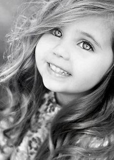 Enfants en noir et blanc