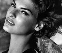 Linda Evangelista - my favorite model from the 90s.  I absolutely loved this Kenar campaign.