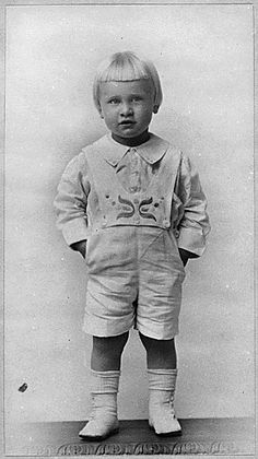 President Gerald Ford at the age of 3 about 1916.