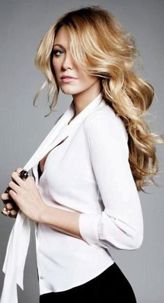 Blake Lively.. hair so pretty