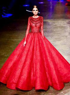 Modest Dresses, Nice Dresses, Prom Dresses, Amazing Dresses, Amazing Outfits, Catwalk Fashion, Fashion Line, High Fashion, Filipino Fashion