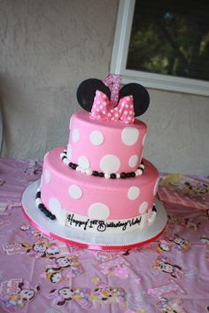 Minnie Mouse 2 tier - lighter pink