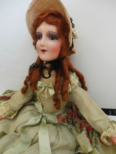 PRISTINE ANTIQUE BOUDOIR BED DOLL LIKE SILENT MOVIE STAR MARY PICKFORD STYLE