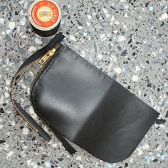 Coin purse Now available in black hand dyed Vege tan! Gifts For Him, Great Gifts, Small Cards, Tan Leather, Zip Around Wallet, Coin Purse, Moon, Bags, Etsy