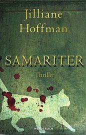 """Jilliane Hoffmans """"Samariter"""" wird vermutlich manch eingefleischten Thrillerfan enttäuschen, handelt es sich im Endeffekt doch vielmehr um eine Mischung aus Familientragödie und Sozialstudie. Nach einem atemberaubenden Einstieg wie man ihn sich wünscht, bleibt die Spannung im weiteren Handlungsverlauf leider auf der Strecke und viel Potenzial ungenutzt. Faiths Geschichte ist nicht uninteressant, aber doch völlig anders als erwartet."""