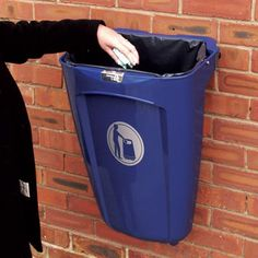 Super Trimline 50™ bin is an open-topped model with a 50 litre capacity, supplied ready for permanent post or wall mounting. #GlasdonUK #ExternalLitter #Bins