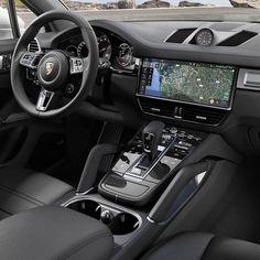 Porsche Innenraum - My next ride - Cars Porsche Suv, Porche 911, Porsche Sports Car, Porsche Panamera, Cayenne Turbo, Porsche Cayenne Interior, Custom Car Interior, Lux Cars, Best Luxury Cars