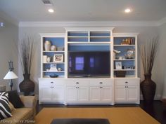painted the inside of the built-in shelves...neat idea for color