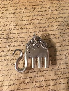 One of a kind! One of a kind! Fork Jewelry, Metal Jewelry, Beaded Jewelry, Silver Jewelry, Jewelry Crafts, Jewelry Art, Jewelry Design, Silverware Jewelry, Bijoux Diy
