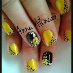 trendy ideas for nails verano acrilico Gel Nail Designs, Purple Nail Designs, Short Nails Art, New Nail Art, Neutral Nails, Yellow Nails, Pedicure Nails, Nail Art Hacks, Flower Nails