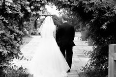A beautiful August wedding at Mythe Barn for Andy and Jo. Natural wedding photography by Richard Shephard August Wedding, Summer Wedding, Real Weddings, Barn, Wedding Photography, Twitter, Wedding Dresses, Beautiful, Bride Dresses