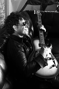 "Journey's Neal Schon On Reuniting With Gregg Rolie For ""Neal Schon's Journey Through Time"" Great Bands, Cool Bands, Gregg Rolie, Neal Schon, Journey Steve Perry, Man Crush, Rock Music, Rock N Roll, Handsome"
