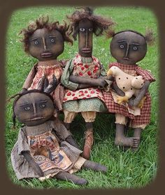 Henpecked Ladies primitive doll pattern by Sweet Meadows Farm. Primitive Doll Patterns, Primitive Folk Art, Primitive Crafts, Ann Doll, Old Dolls, Doll Crafts, Antique Toys, Vintage Dolls, Beautiful Dolls