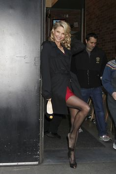 Christie Brinkley, Good Morning America, Great Legs, Photo L, Real Beauty, Celebs, Celebrities, Sexy Outfits, Roxy