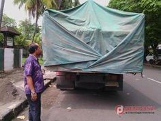 Gelapkan Semen, Sopir Truk Diamankan Polisi - http://denpost.imediamu.com/2015/01/31/gelapkan-semen-sopir-truk-diamankan-polisi/