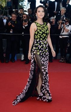 52 Best Red Carpet images   Fan bingbing, Fashion beauty, Chinese ... 78acc0d1f82