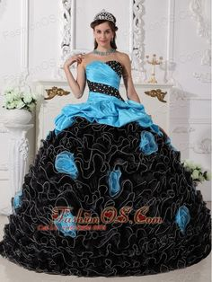 spring green Quinceanera Dresses in? Libertad spring green Quinceanera Dresses in? Libertad spring green Quinceanera Dresses in? Sweet Sixteen Dresses, Sweet 15 Dresses, Sweet Fifteen, Black Quinceanera Dresses, Prom Dresses, Dresses 2013, Gypsy Dresses, Black And Blue Dress, Dresser