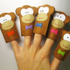 5 Little Monkeys Finger Puppets. Early years PreK-Kindergarten teaching number sense numbers 1-5 and counting backwards.