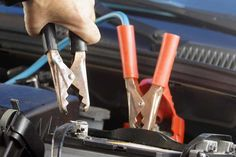 The correct way of charging a car battery with a battery charger