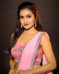 Dance Program, Beautiful Girl Indian, Draped Dress, Girl Model, Looking Gorgeous, Girl Photos, Cute Girls, Sari, Actresses
