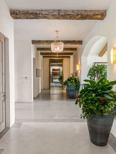 Malibu Beach Bluff Retreat, Malibu CA Single Family Home - Los Angeles Real Estate