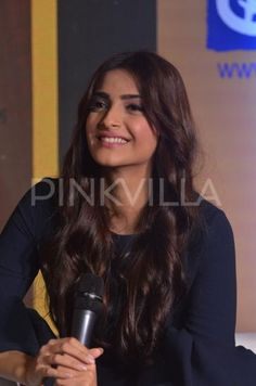 The lovely Sonam Kapoor lends her support to a good cause!