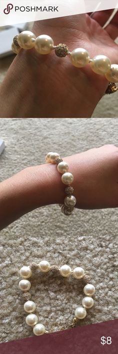 Pearl bracelet Beautiful and in great condition Jewelry Bracelets