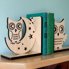 Night Owl Wood Bookend- Modern Baby Nursery Children