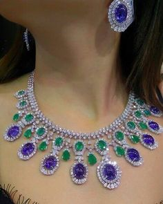 Gleaming in our creations, @jewellery_masterpiece dons an exquisite necklace with earrings in white diamonds & colored stones. #KotawalaJewels
