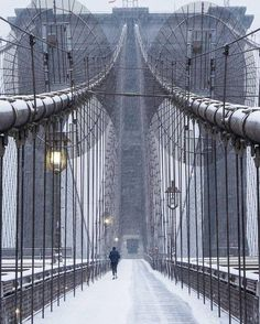 Brooklyn Bridge New York City Brooklyn Bridge, Central Park, Appartement New York, Photographie New York, New York City, Beautiful Places, Beautiful Pictures, Empire State Of Mind, Belle Photo
