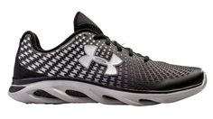 UA run Spine Clutch Black Under Armour Debuts Their CluchFit Powered Running and Training Shoes