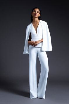 See every dress from Cushnie's Fall 2019 Bridal Fashion Week wedding dress collection. Wedding Dress Trends, Fall Wedding Dresses, Wedding Dress Styles, Wedding Cape, Spring Wedding, Most Beautiful Wedding Dresses, Unconventional Wedding Dress, Bridal Collection, Dress Collection