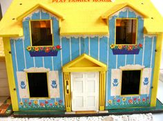 Fisher Price Little People House 1969 Dollhouse