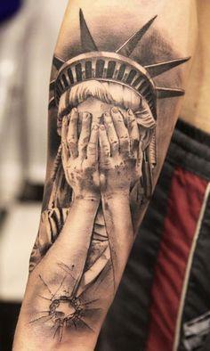Tattoo Artist - Miguel Bohigues - Statuary tattoo