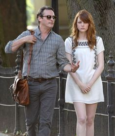 """Joaquin Phoenix and Emma Stone -""""Irrational Man"""" - Woody Allen. Talking """" philosophy"""" with a surprising end. Woody Allen, Joaquin Phoenix, Emma Stone, Movie Guide, Daddy, Movie Previews, Cute Young Girl, Hot Actors, Love Movie"""