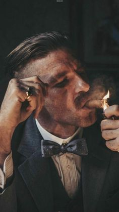 Paul Anderson as Arthur Shelby in Peaky Blinders Peaky Blinders Poster, Peaky Blinders Wallpaper, Peaky Blinders Quotes, Cillian Murphy Peaky Blinders, Foto Portrait, Portrait Photography, Estilo Gangster, Gangster Style, Gangster Movies