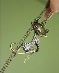 Western Personal Personal Cat Sweater Chain on BuyTrends.com, only price $4.67