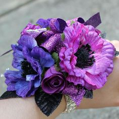 Get a #corsage with a #keepsake bracelet from #thefloralcottageflorist! Available in rhinestones or pearls. Corsage and #boutonniere $40. Order early at 225-675-6291 or thefloralcottageflorist@yahoo.com.  #ascensionparish #stamantgators #dths #dutchtown #dutchtownhighschool #eastascension #easpartans #prom #prom2016