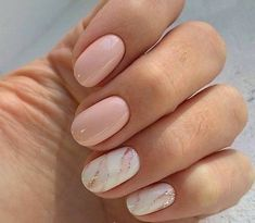 False nails have the advantage of offering a manicure worthy of the most advanced backstage and to hold longer than a simple nail polish. The problem is how to remove them without damaging your nails. Marble Nail Designs, White Nail Designs, Colorful Nail Designs, Nail Designs Spring, Acrylic Nail Designs, Acrylic Nails, Coffin Nails, Shellac Nail Designs, Nail Color Designs