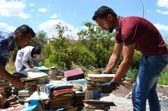 This Man Is Trying To Rebuild A Library Burned Down By ISIS