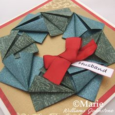 Fold an Origami Paper Wreath Origami Wreath, Origami Star Box, Origami Stars, Origami Instructions, Origami Tutorial, Wreath Tutorial, Origami Mouse, Origami Fish, Origami Paper Folding