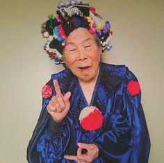 #1000weave#tgcemk#grandma#93yearsold#weaving#love#happy#yarn#fur#saoriweaving#handmade#colorful#knit#wool#smile#model#おばあちゃん#93歳#織物#スマイル#糸#さをり織り#ハンドメイド#オーダー#オーダーメイド#カラフル#ニット#羊毛#もこもこ