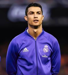 Cristiano Ronaldo 7, Ronaldo Cr7, World Best Football Player, Football Is Life, Soccer Players, Cr7 Jr, Cr7 Junior, Marcus Rashford, Sports Magazine