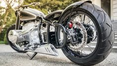 against the backdrop of a bustling mix of the traditional and the modern on show at the concorso d'eleganza villa d'este is the BMW motorrad concept Boxer, Custom Cycles, Power Unit, Engine Block, Motorcycle Design, Big Challenge, Mechanical Engineering, Custom Motorcycles, Chrome Plating