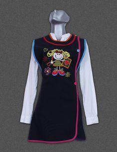 Escolares – C-Uniforms.com Kids Vest, Apron Designs, Teacher Outfits, Little Girl Outfits, Scrub Tops, Fabric Patterns, Wetsuit, Preschool, Swimwear