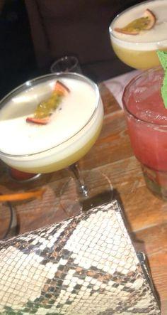 Flavored Vodka Drinks, Afghan Food Recipes, Rauch Fotografie, Caribbean Restaurant, Alcohol Aesthetic, Food Vids, Instagram Party, Night Food, Snap Food