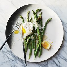 From grilled asparagus with lemon-poached eggs to a rustic vegetable tart, these vegetarian Easter recipes will satisfy everyone at your Easter dinner.