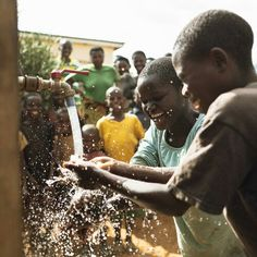 I'm living for 30 days on 30L water per day to raise money for a well with charity: water. Please help! https://my.charitywater.org/water30