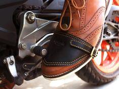 Let us do the dirty work! Keep your shoes protected from dirt and grease on the gear shifter. Cafe Racer Moto, Motorcycle Style, Motorcycle Accessories, Bobber Motorcycle, Tap Shoes, Dance Shoes, Biker Gear, Leather Projects, Leather Working